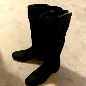 Fergalicious black faux suede boots w zipper